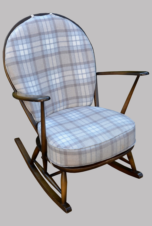 ercol rocking chair dessin par lucian percolani. Black Bedroom Furniture Sets. Home Design Ideas