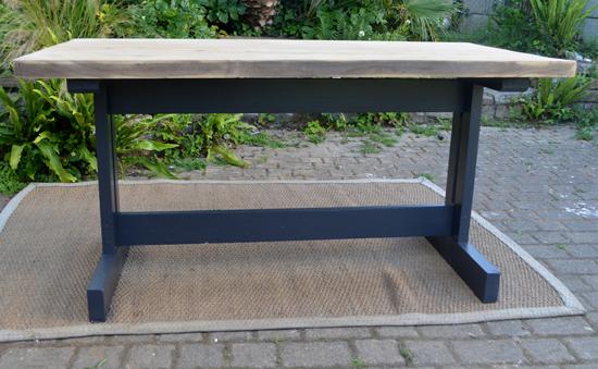 table d 39 auberge landaise avec pais plateau en bois brut. Black Bedroom Furniture Sets. Home Design Ideas